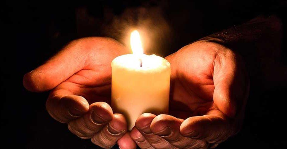 العيش في نور المسيح الروحي